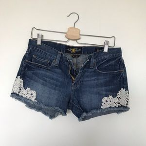 Lucky Brand Riley shorts with lace embroidery 2/26
